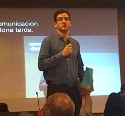 Carlos Pérez, arquitecte i jove amb discapacitat auditiva, es presenta com a candidat a la Junta Directiva del Col·legi Oficial d'Arquitectes de Catalunya