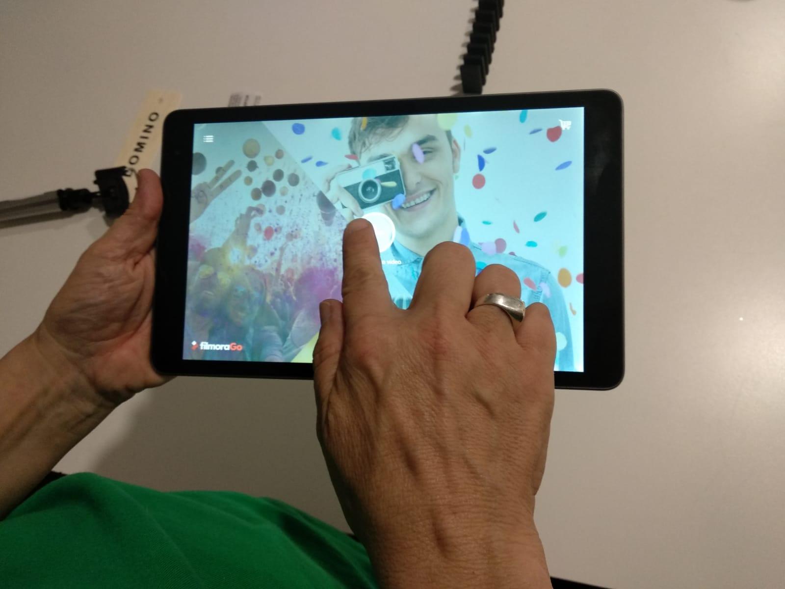 Aprenem, experimentem i creem digitalment gràcies als tallers #MeetAndCode