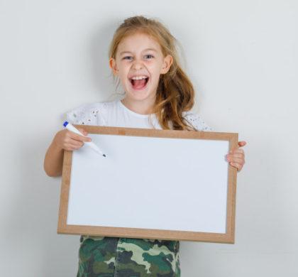 Aquest divendres, xerrada!: L'entorn familiar com a EINA per al desenvolupament de l'infant amb sordesa