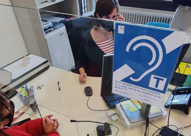 """Parlem amb en Lluís Marco, segon tinent d'alcalde de l'Ajuntament de la Garriga: """"Ara coneixem el bucle magnètic i sabem el benefici que suposa per a l'accés de la informació de les persones amb sordesa"""""""